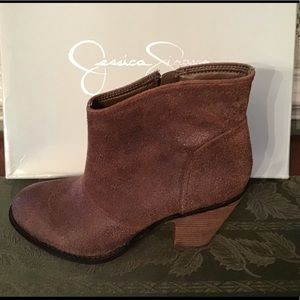 JESSICA SIMPSON ANKLE BOOTS, 7M